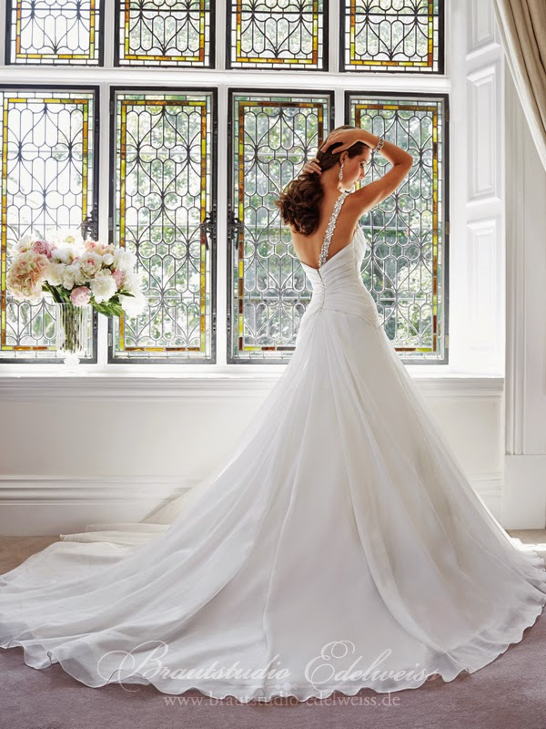 Brautstudio Edelweiss Brautmoden Abendmoden Und Bräutigammoden