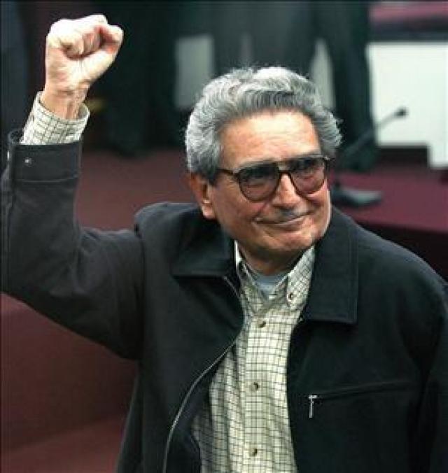 Defender a vida de Abmael Gusman prisineiro de guerra do Peru
