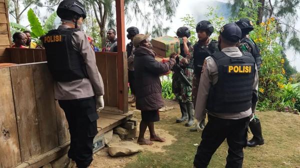 Ditembak KKB di Intan Jaya, Tim Gugus Tugas COVID-19 Dievakuasi ke Nabire
