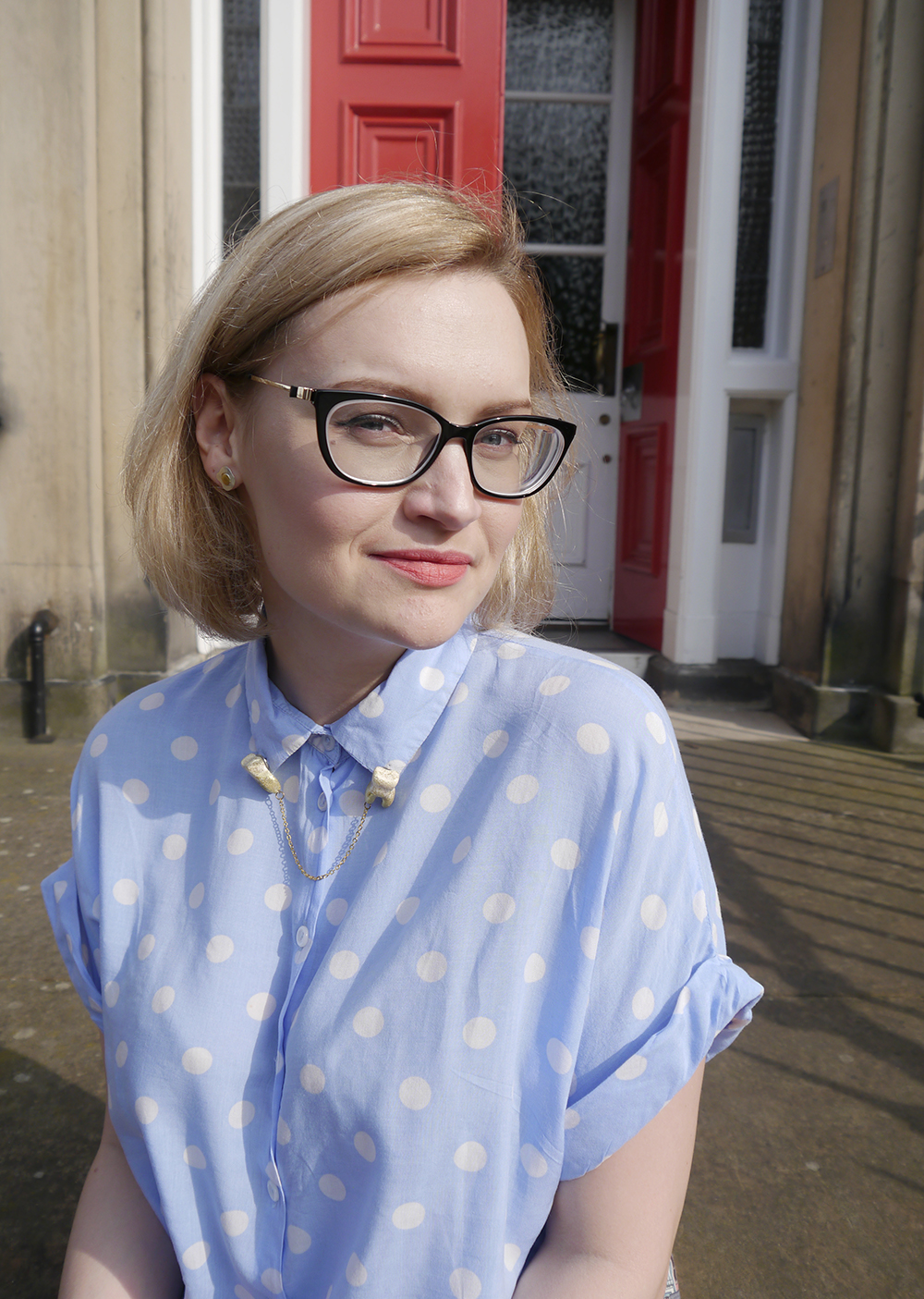 Scottish blogger, Edinburgh blogger, vision express heritage collection glasses, glitter teeth collar clips, hey kitsch kitty collar clips, fried egg earrings, Scottish street style, quirky street style, dressing to a theme, food inspired outfit, pale girl style,