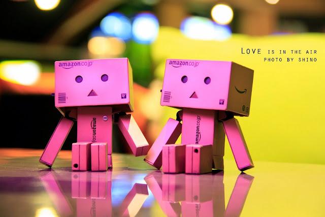 Hình nền tình yêu lãng mạn cho máy tính ai đang yêu