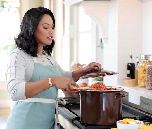 Target addict for Ayesha curry cookware