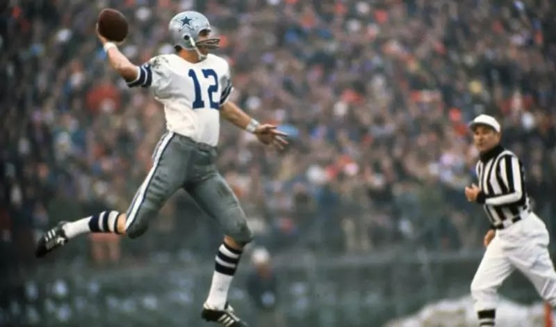 Roger Staubach replaced Craig Morton in 1971 and led the Cowboys to victory in Super Bowl VI.