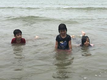 Suka Suka di Pantai Seri Nipah Resort Bachok