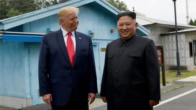 The source said that Trump offered Kim Jong Un a visit home to the Air Force after the Vietnam summit