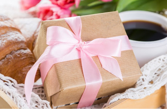 What Mom Really Wants: 18 Last Minute Mother's Day Gift Ideas