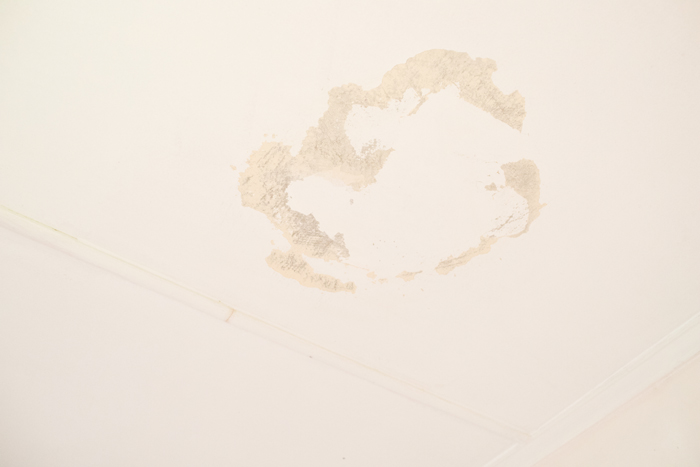 bedroom mould stains