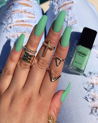 coffin nails green for summer