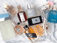 13 Parfum Wanita Terbaik Tahan Lama yang Paling Laris