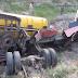 بدھڑ کے مقام پرمٹی کے تیل سے لدا ایک ٹینکرالٹ گیا، تیل لیک ہونے کے باعث اہلیان علاقہ پریشان