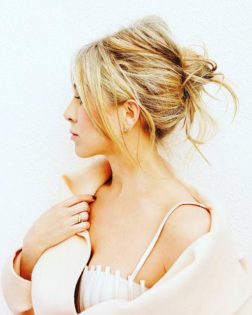 Jennifer Aniston Latest Photo shoot