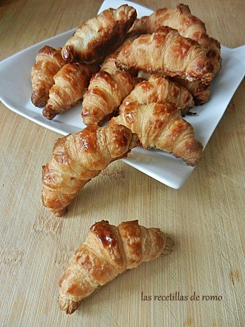 Mini croissants de hojaldre