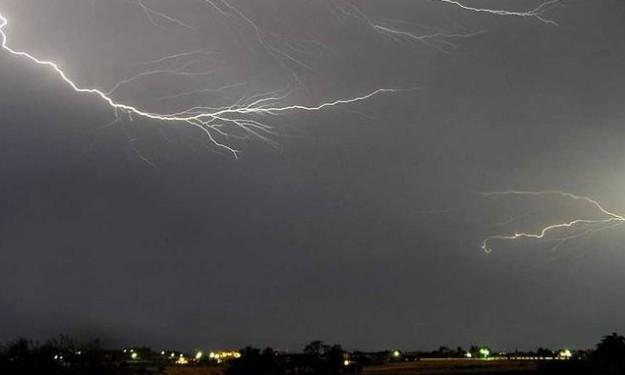 Η ΕΜΥ προειδοποιεί - Αλλάζει ο καιρός: Έρχονται βροχές, καταιγίδες και χιόνια