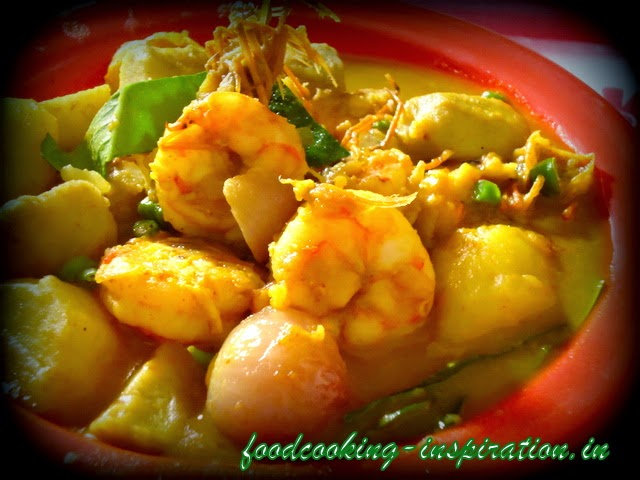 bengali gatikochu and prawn curry