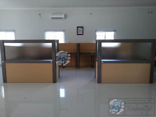 Meja Partisi Kantor Custom + Furniture Semarang ( Cubicle Workstation )