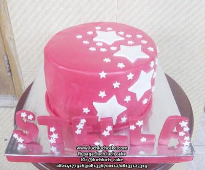 Kue Tart Bintang Bintang