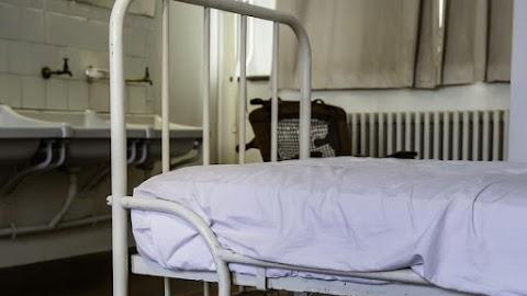 Ámokfutás a pszichiátrián: több beteget is megölt infúziós állványával egy páciens
