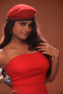 Actress Charvi Pictures From Oru Celluloid Kadhal Movie  0003