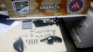 Bandidos arrombam fórum e um morre em confronto com a Cipe Chapada