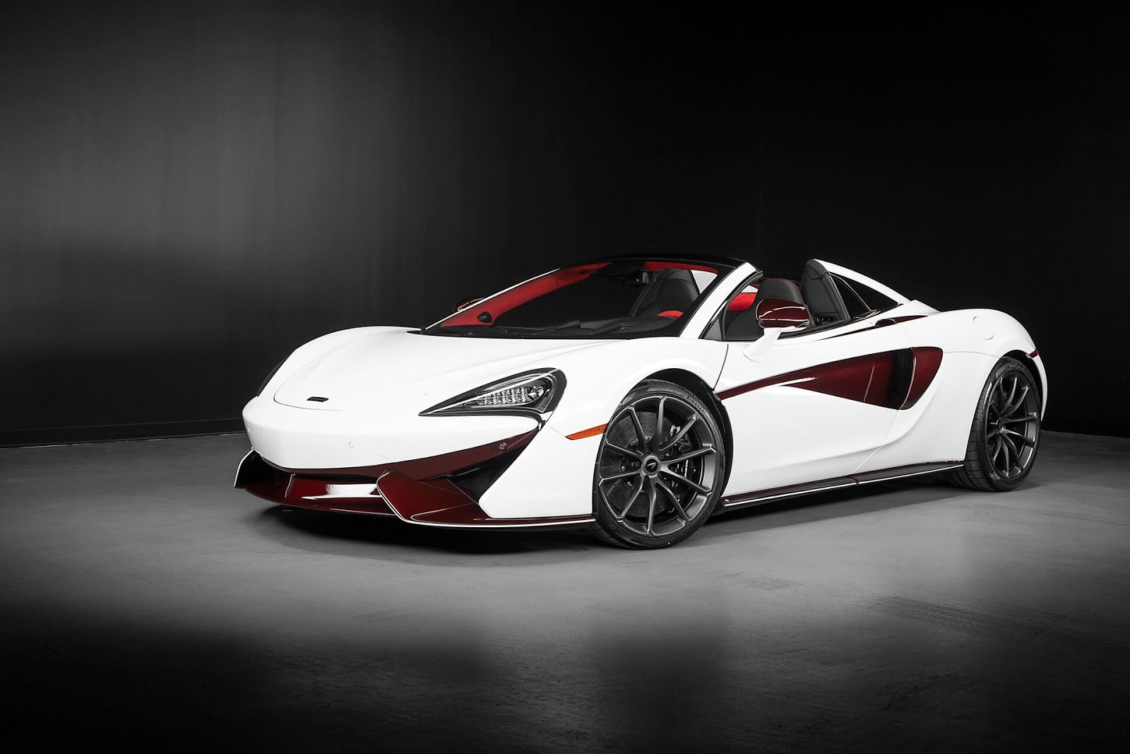 McLaren Unveils Canada-Only 570S Spider Limited Edition
