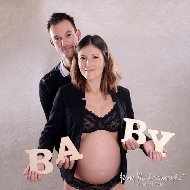 photo en attendant bébé, lettres BABY