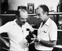 El fotógrafo Almiro Baraúna (a la derecha) junto a un amigo