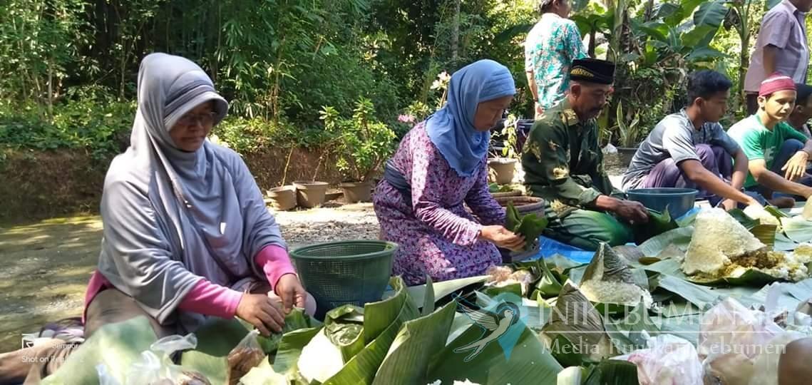 Jelang Puasa, Warga Desa Bejiruyung Gelar Sadranan