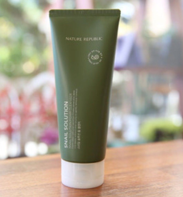 Sabun Wajah Nature Republic Fresh Herb Snail