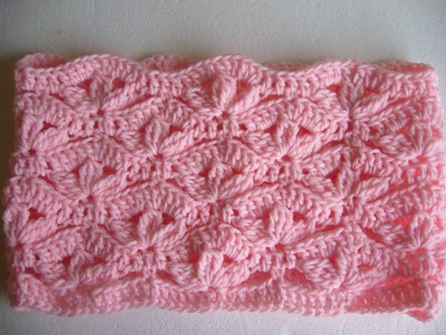 Crochet flower cowl crochetkari