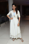 rakul preet singh cute photos-thumbnail-3