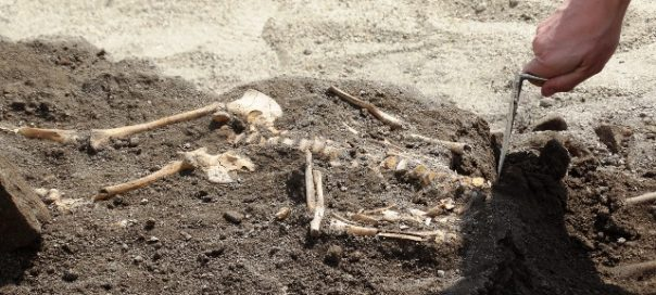 Three children's graves found at necropolis in Plovdiv's Great Basilica site