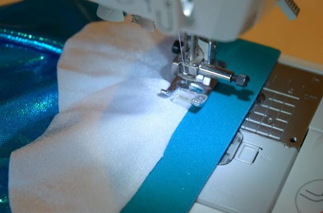 Costume DIY Mermaid Tail Sewing Tutorial