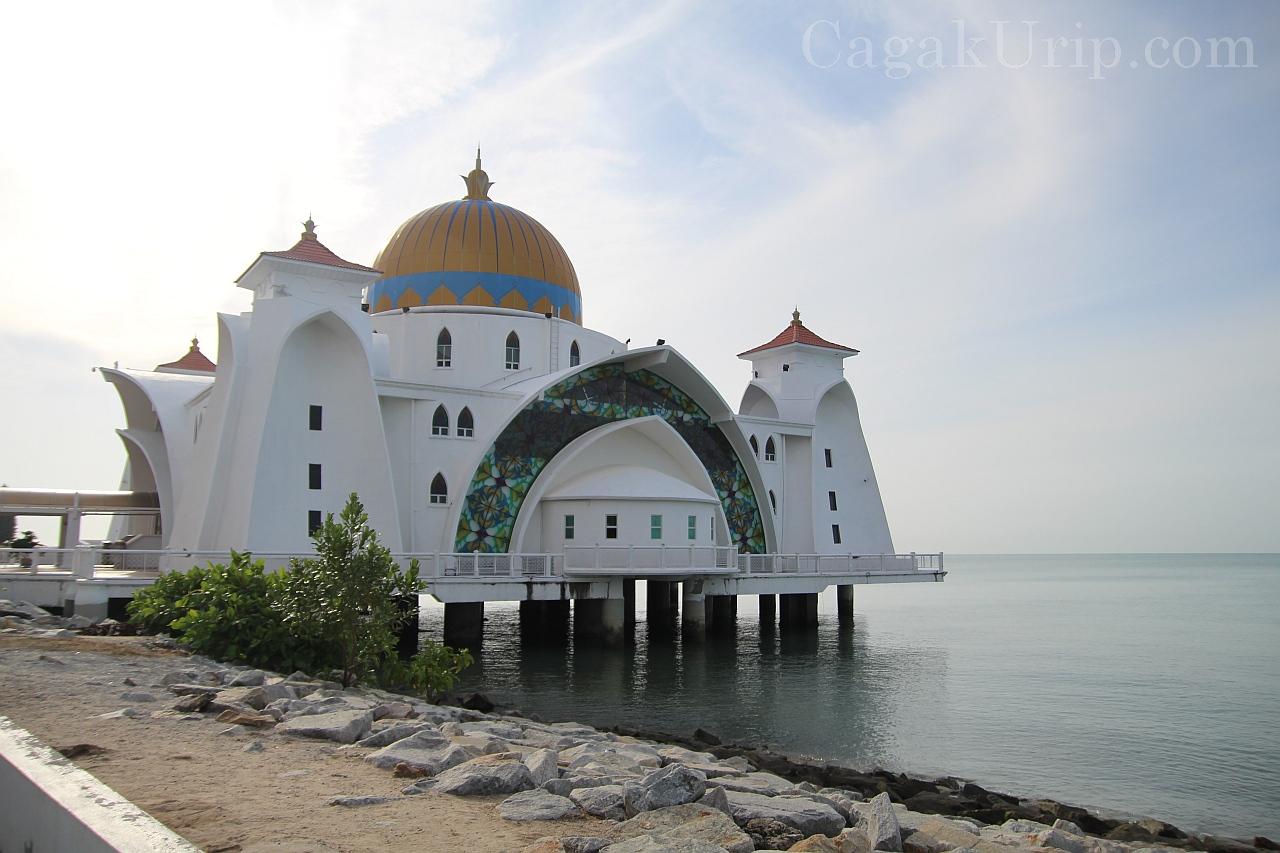 Masjid Terapung Selat Melaka / Masjid Selat Melaka