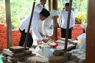 Awali Prosesi Harjalu, Bupati dan Wabup Ziarah Makam Raja Pertama Lumajang