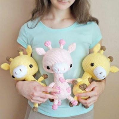 Жирафы амигуруми вязаные игрушки