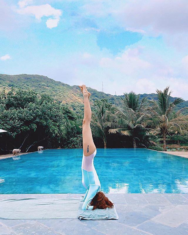 Nhờ việc duy trì tập luyện Yoga nhiều năm, Bảo Anh dễ dàng sở hữu thân hình săn chắc, tỷ lệ cơ thể cân đối