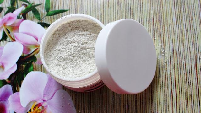 Naturalna francuska glinka biała. Jak przygotować? Jak nałożyć i jakie są efekty?