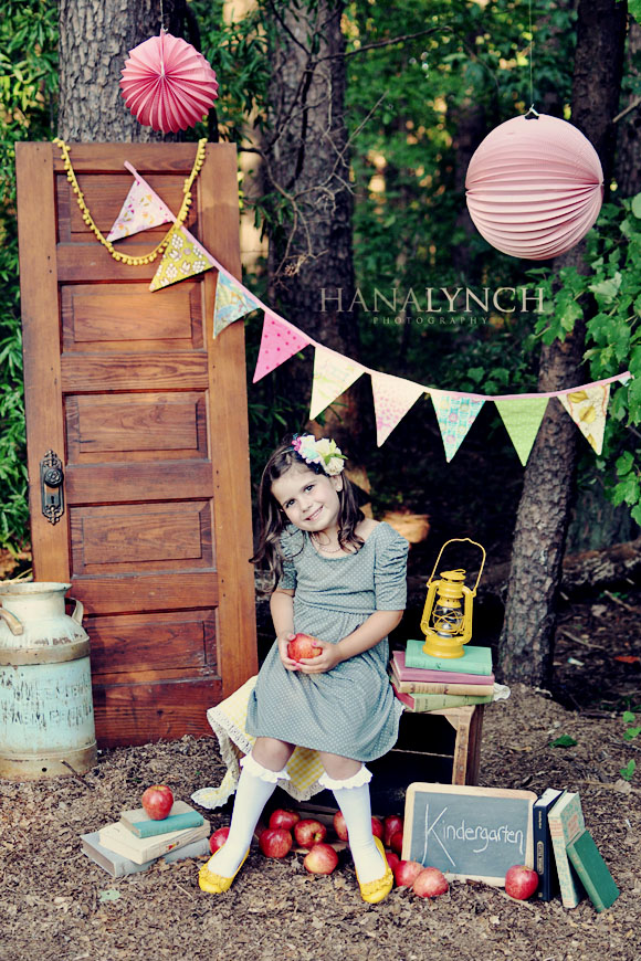first day of school photo shoot ideas - the MomTog diaries Vintage Back to School Shoot