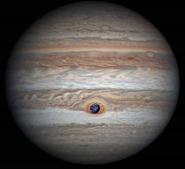 Great red spot compared to earth