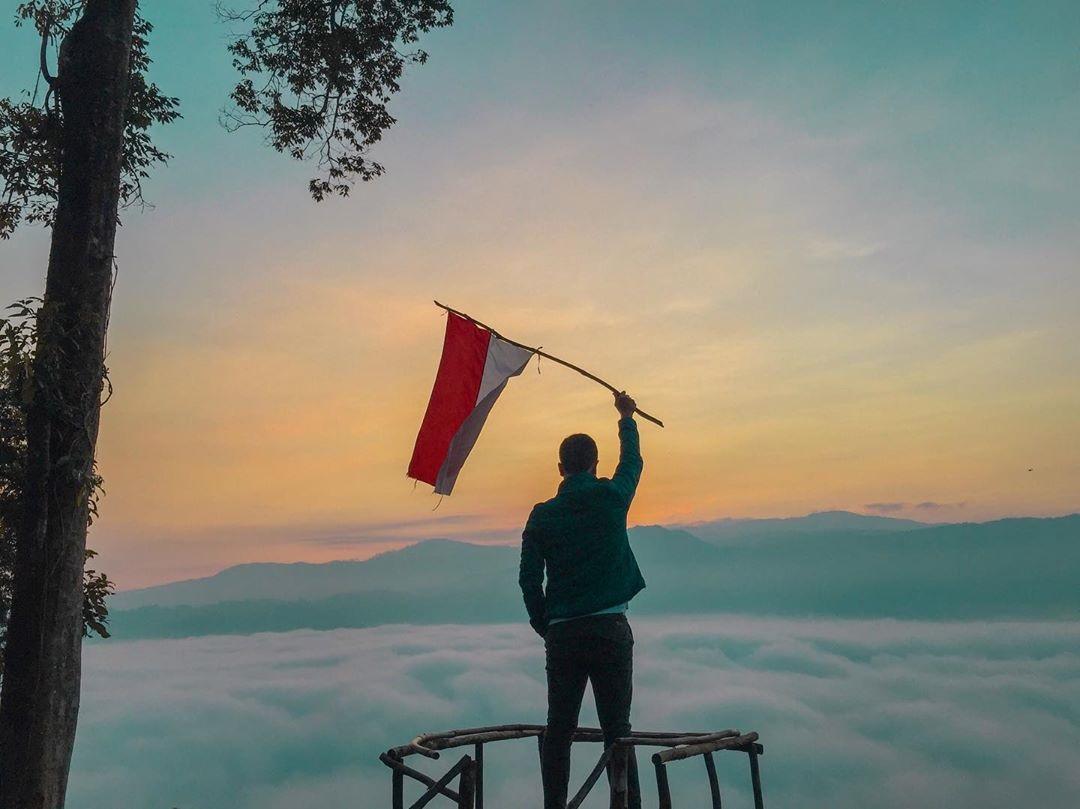 Wisata Negeri Diatas Awan Citorek Lebak Banten