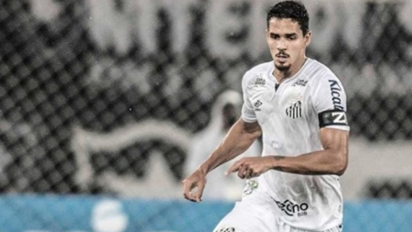 Ολυμπιακός: «Η Σάντος τον ενημέρωσε πως ο Βερίσιμο παραχωρείται με 6.5 εκατ. ευρώ»