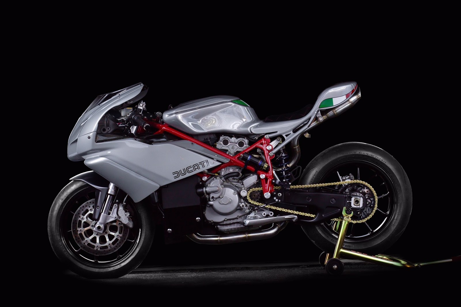 Custom Ducati 749 Racer Jett Design Rocketgarage Cafe Racer Magazine
