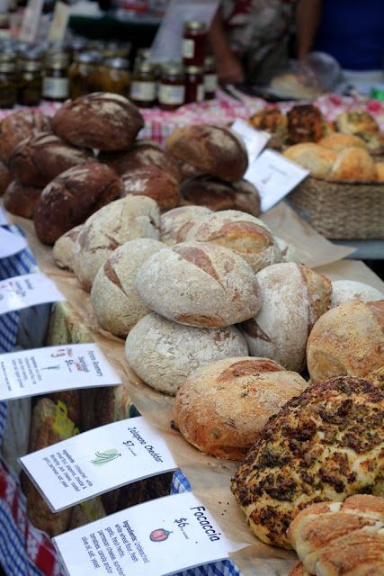 fresh bread at farmers market