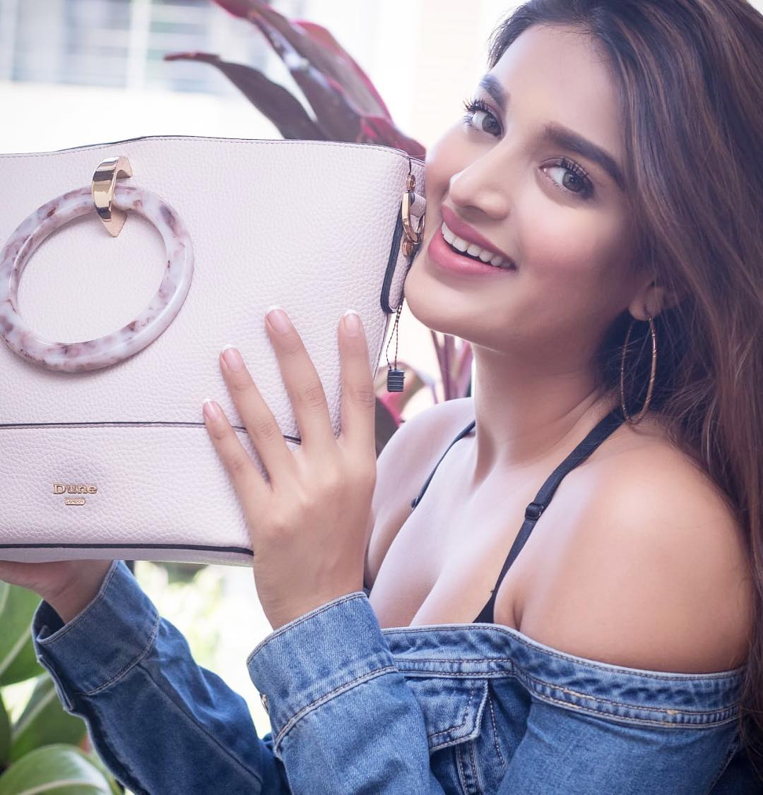Check out Nidhhi Agerwal New Gorgeous Photos from Instagram. Bollywood Actress Nidhhi Agerwal Latest Pic Download. Bollywood Celebrity Nidhhi Agerwal