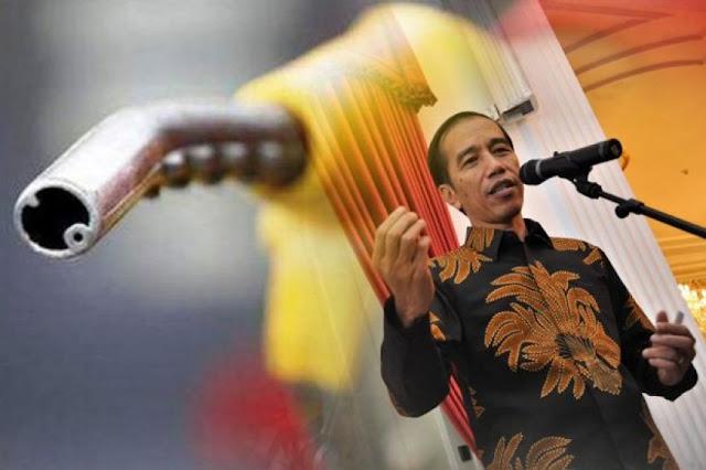 Harga BBM Naik Diam-diam, Pengamat: Jokowi Panik Buat Bayar Hutang