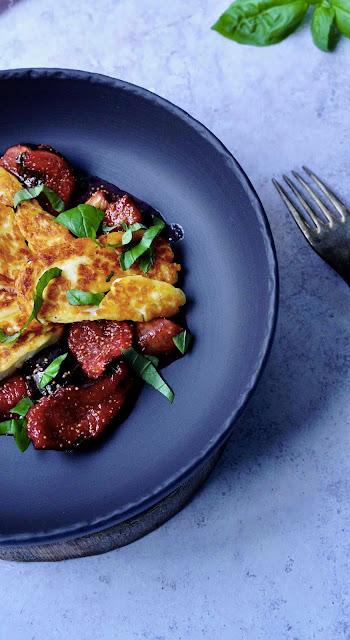 compotée de figues , recette gourmande , fruits de saison , fromage halloumi