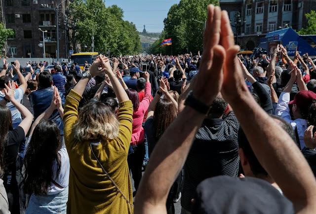 La población de Armenia disminuye en 8.200 personas