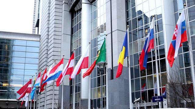Νέα επιχείρηση της ΕΕ για επιβολή εμπάργκο όπλων στη Λιβύη - Ν. Δένδιας: Η Ελλάδα είναι έτοιμη να συνεισφέρει