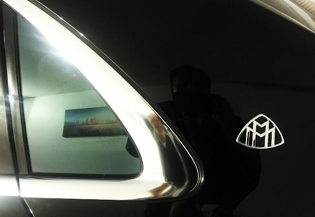 Logo Mercedes Maybach S600 xuất hiện trên cột C