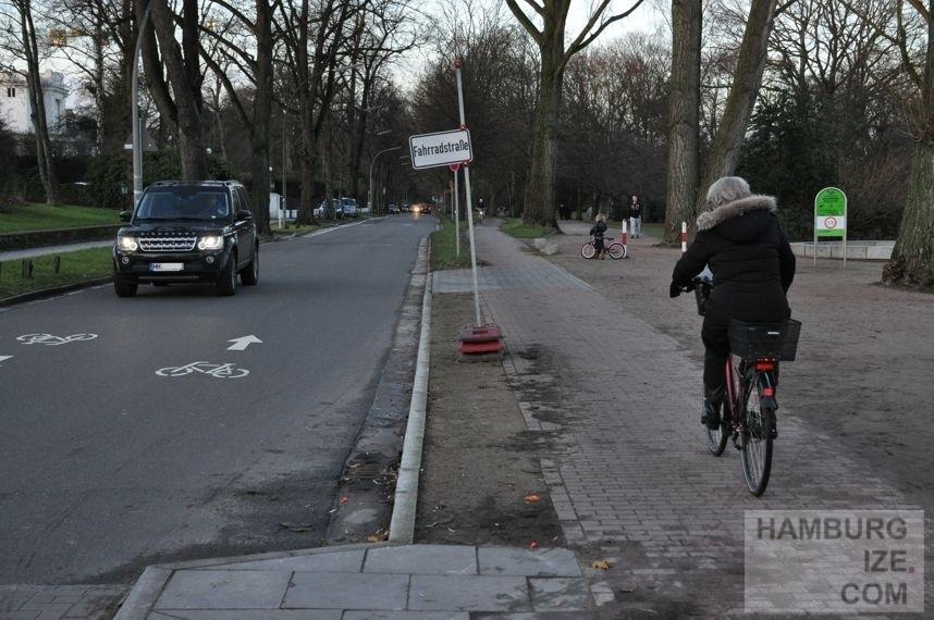 Fahrradstraße Harvestehuder Weg